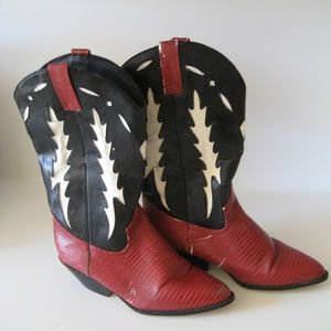 VTG funky distressed cowboy boots  sz 9M
